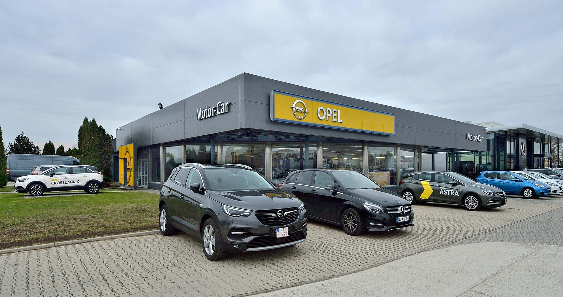 Opel, Komárňanská cesta