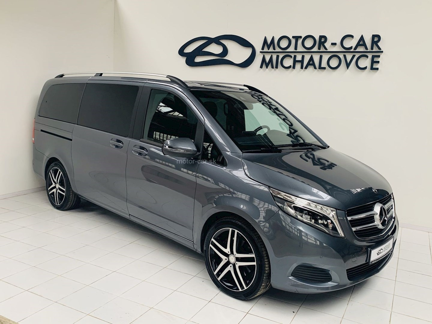 mercedes-benz v 220 d lang bluetec edition